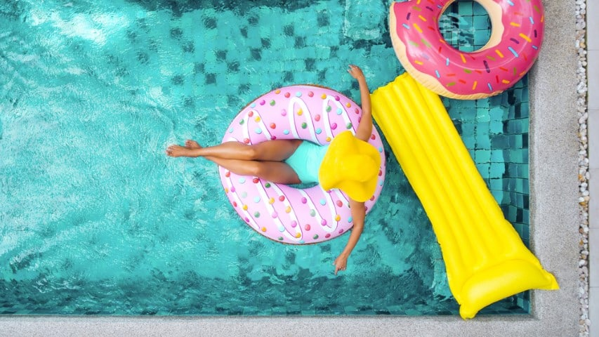 How to choose the best pool floats