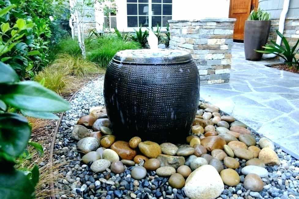 Plant pot water feature