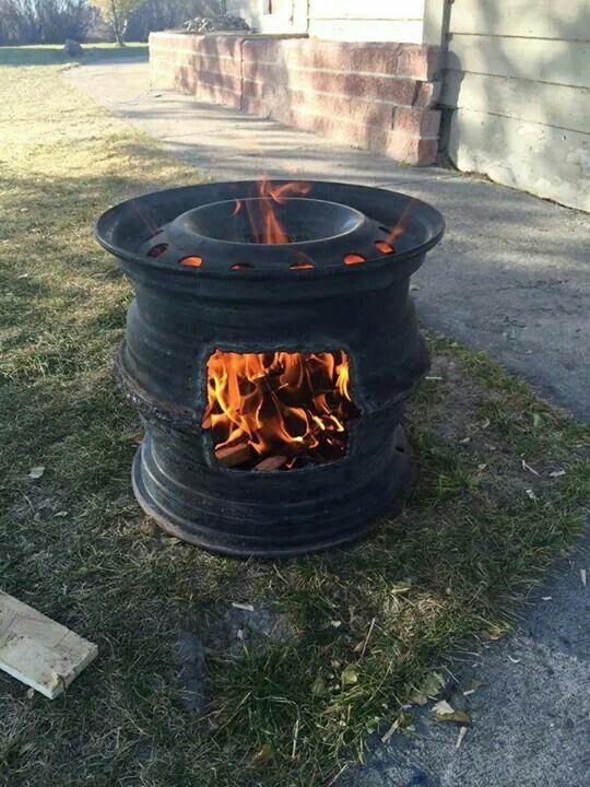 Tyre rim fire pit