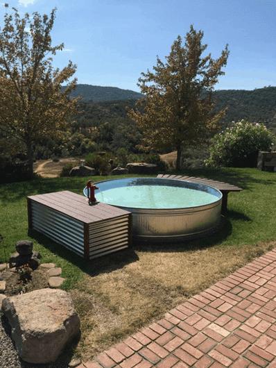 DIY Pallet Pool